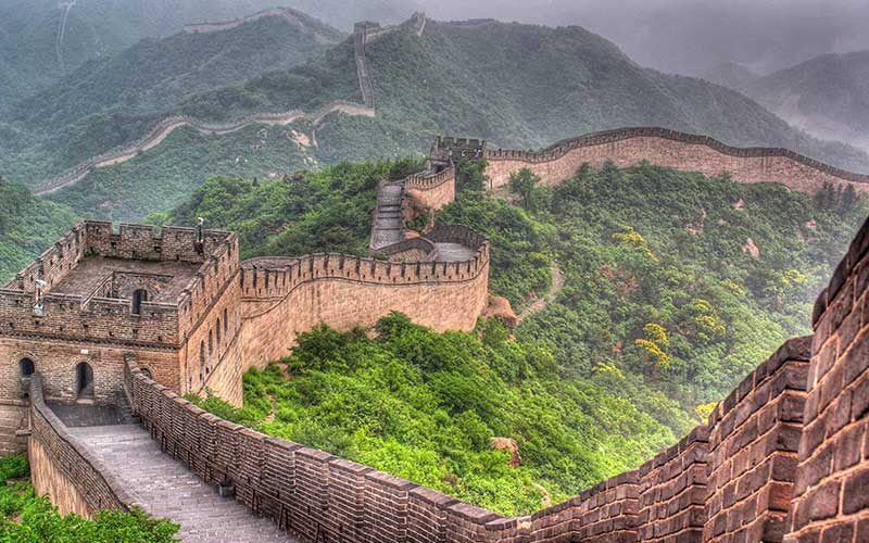 china-wall-attraction-800x500