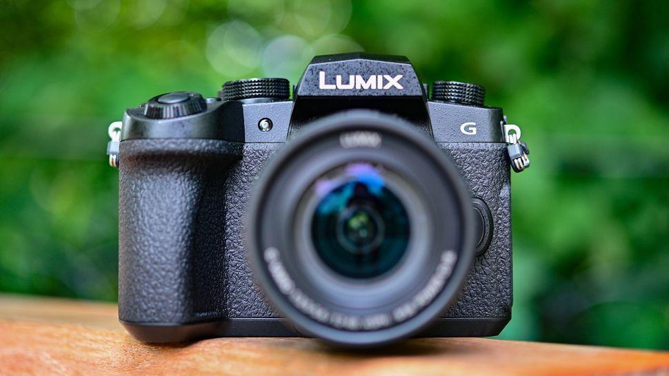 دوربین لومیکس